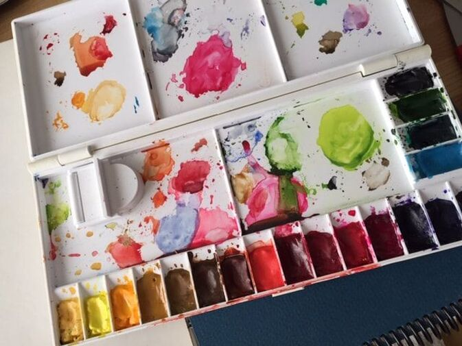 Watercolor palette using tube paints.