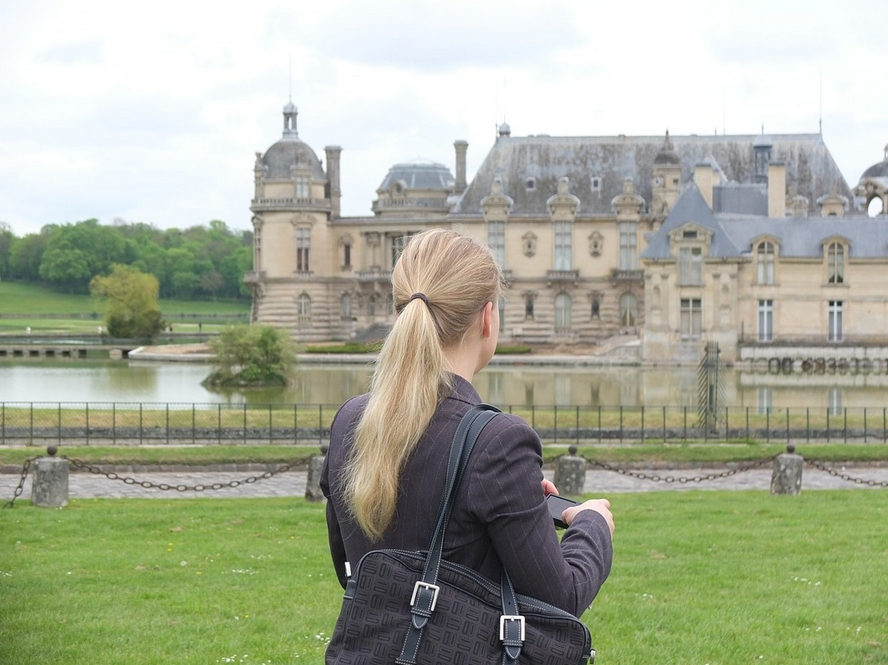 Woman at chateau in France. What would your life look like with no fear?