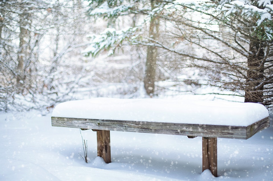 Snowy bench - Seven Dumb Things You Need to Stop Doing