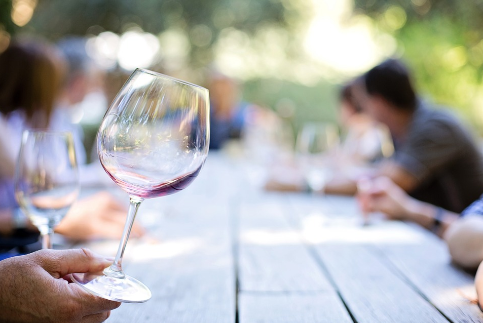 Wine glass - Seven Dumb Things You Need to Stop Doing